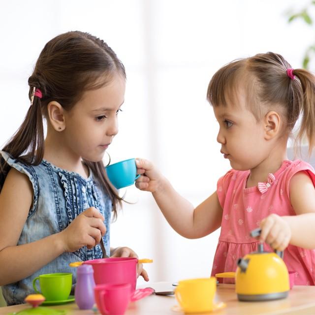 角色扮演五大啟蒙益處,正確玩具選擇發展寶寶智力
