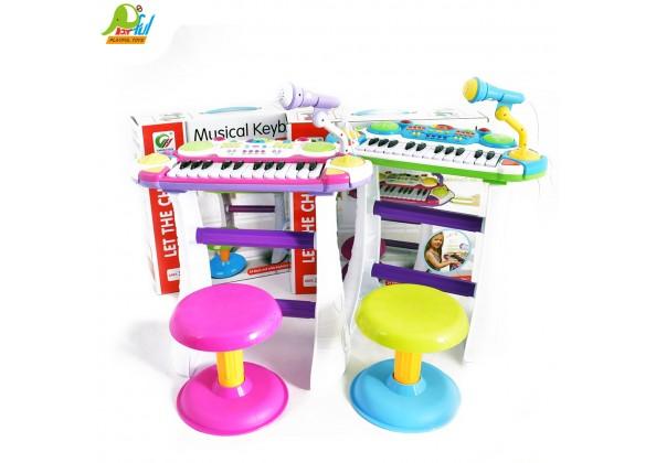 電子琴附椅子